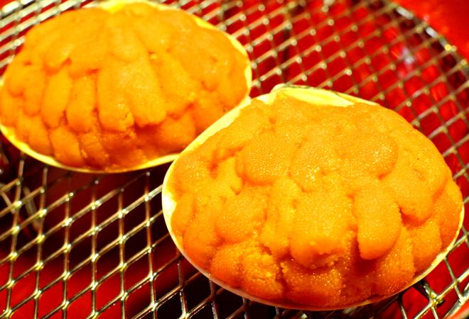 天然 ウニの貝焼き 本ウニの蒸しウニ