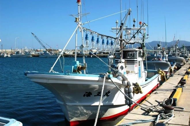 大間マグロ 小型漁船